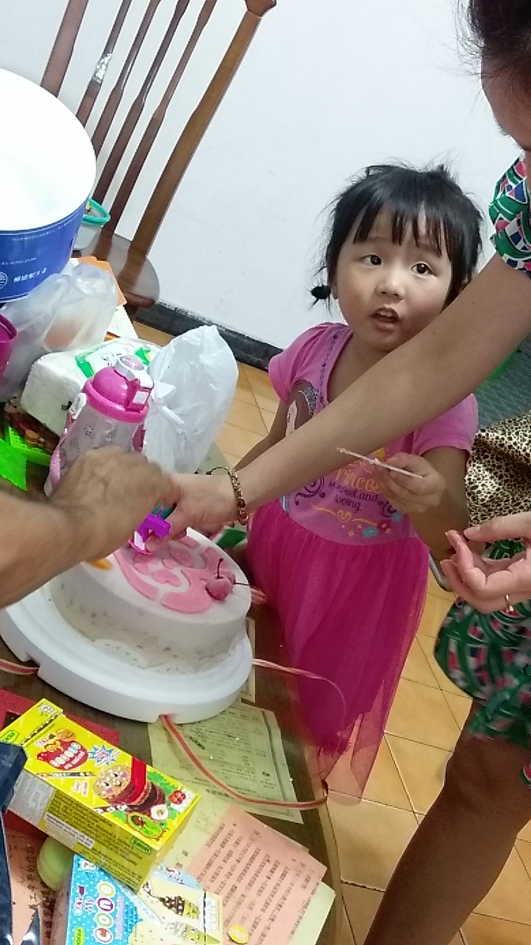 紹軒六歲(七歲)生日