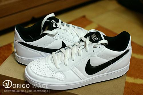 NIKE 新鞋