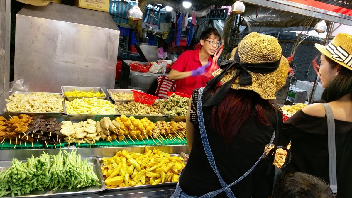 南寮漁港排隊美食-阿桐現炸海鮮