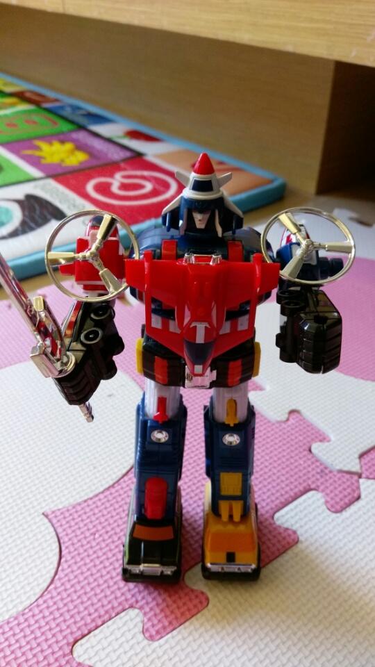 小時候最愛的玩具,聖戰士(百獸王)與機甲艦隊