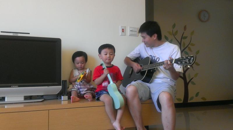 青青菜菜樂團 JOAN吉他新入手