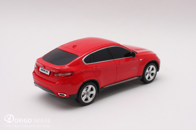 紹軒新買一台 BMW X6