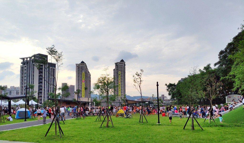 騎腳踏車到土城斬龍山遺址文化公園
