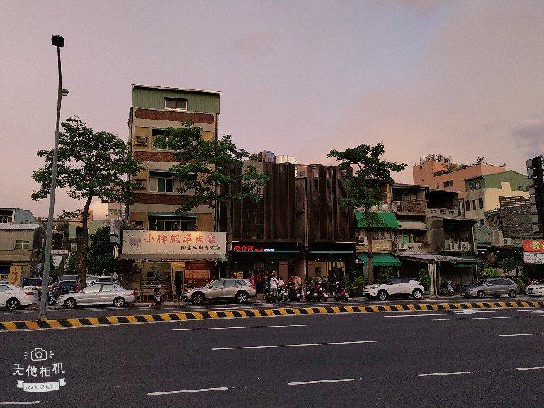越晚越美麗的台南神農街
