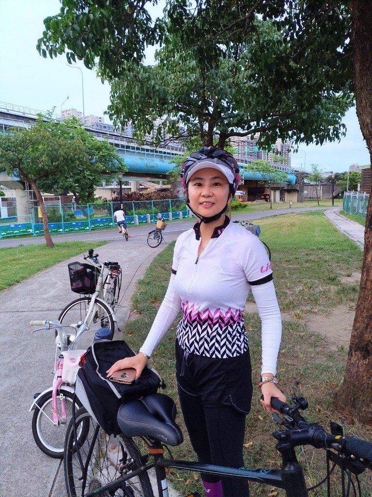 我們的第一次!騎腳踏車從家出發到溪州運動河濱公園