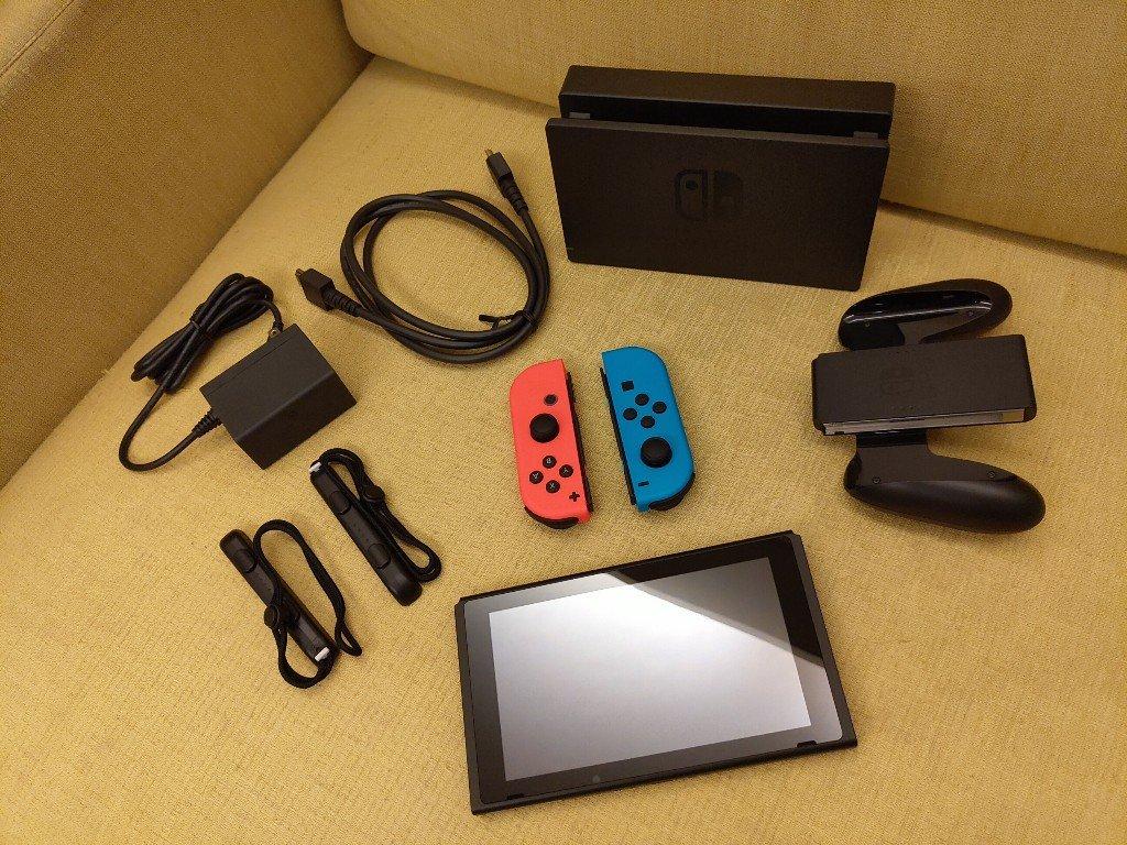 現在都什麼時候了還開箱Nintendo Switch